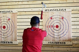 FlannelJax-Axe-Throwing-6