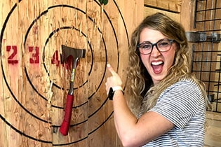 FlannelJax-Axe-Throwing-3
